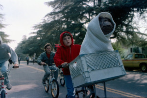 Henry-Thomas-and-E.T.-on-Bicycle