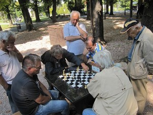 nyc-parks-chess2